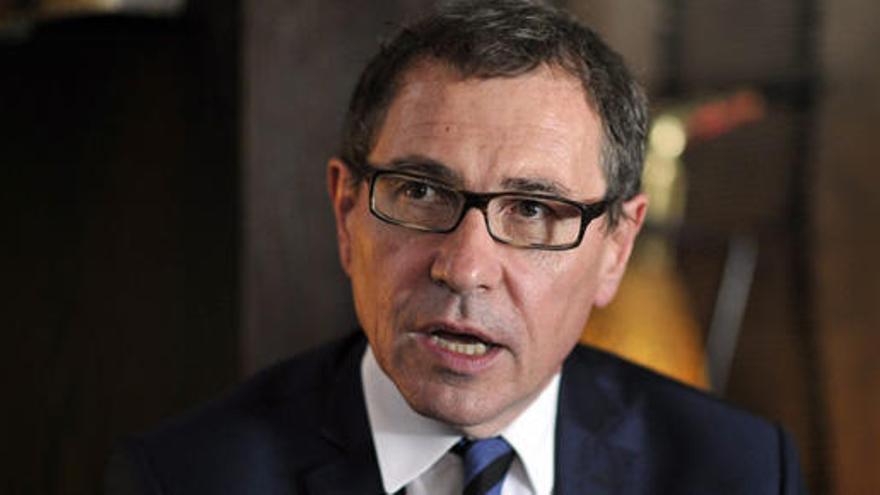 Detenido un eurodiputado francés por exhibicionismo ante menores