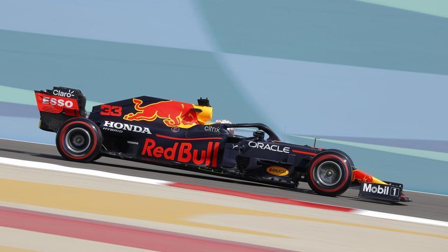 Verstappen avisa en los libres con Sainz cuarto y Alonso decimosexto