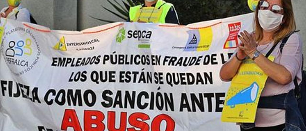 Manifestación de interinos en Canarias.