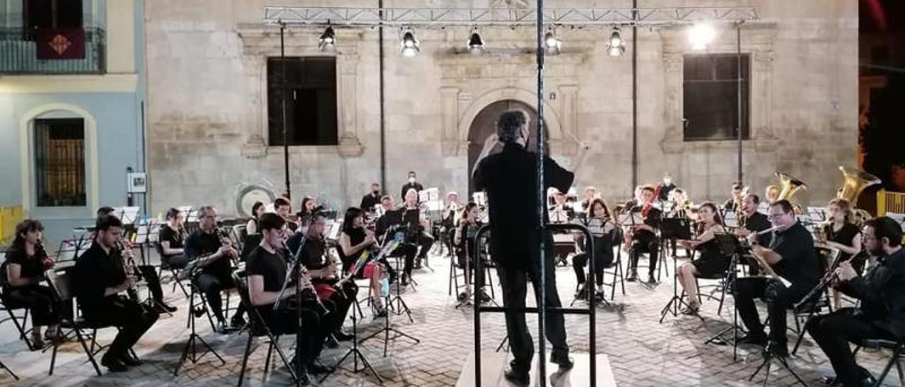Concierto de San Bernat el 9 de julio por la Banda Sinfónica | LEVANTE-EMV