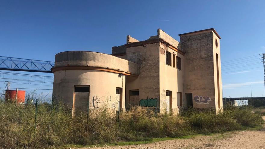 Adif emplaza a Nules a que proponga usos para la antigua estación de Moncofa