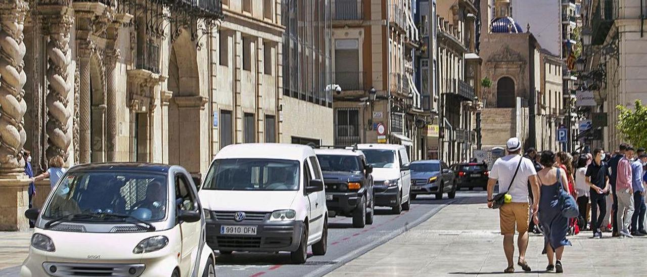 La plaza del Ayuntamiento una de las áreas que pasarán a tener una velocidad máxima de 20 km/h.  