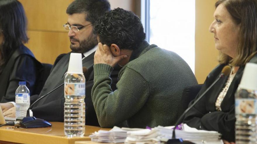 Juicio en contra los dos hijos de la anciana de Santa Cruz que pesaba 25 kilos