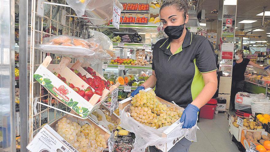 La pandemia no logra arruinar la tradición de las uvas