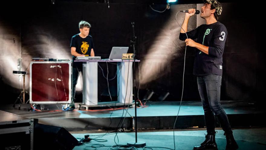 Hnos Munoz y RomeroMartín: el futuro musical se dibuja a dúo