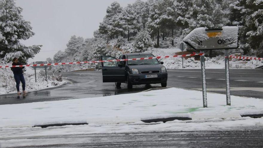 La carretera comarcal que une Banyeres y Onil