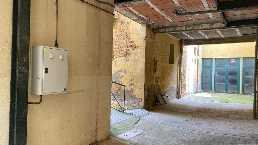 El PP de Benavente denuncia una instalación para el teatro que se hizo sin permiso en una finca privada