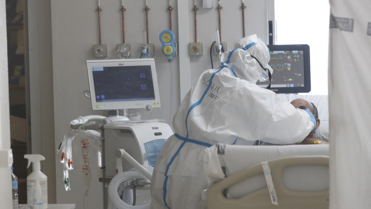 Imagen de archivo de la UCI covid del Hospital General de Castelló.