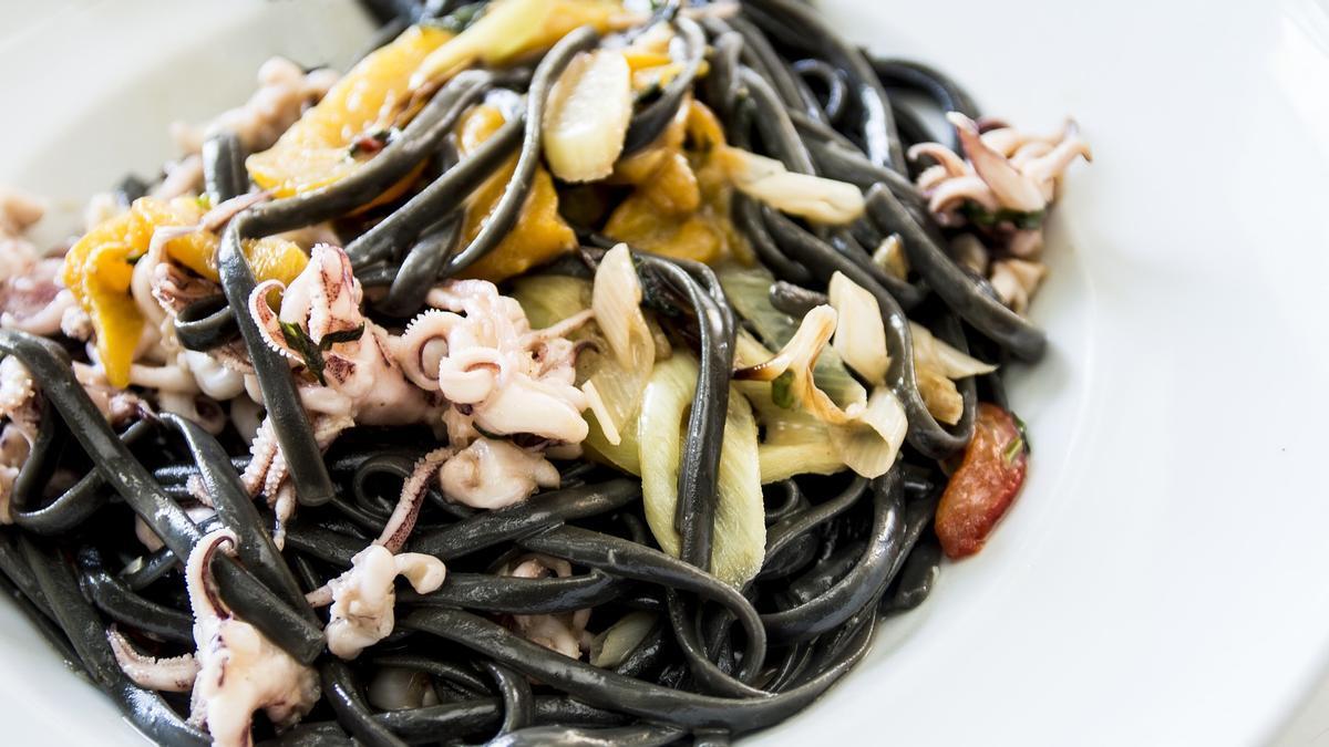 Los spaghetti neri son uno de los nuevos platos preparados que ofrece Mercadona