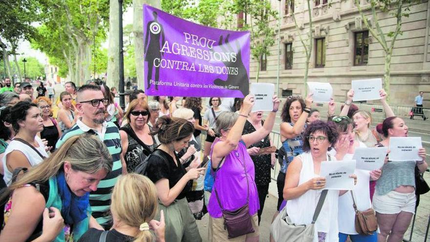 Les cinc claus de la llei del «sí és sí» nascuda al Ministeri d'Igualtat