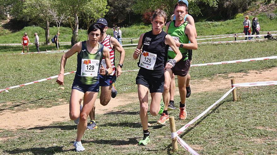 Sebastiana Llabrés y Damià Ramis ganan el cross de la UIB