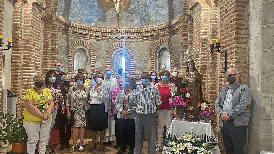 Los vecinos de Olmo de la Guareña rinden homenaje a la Virgen de la Paz