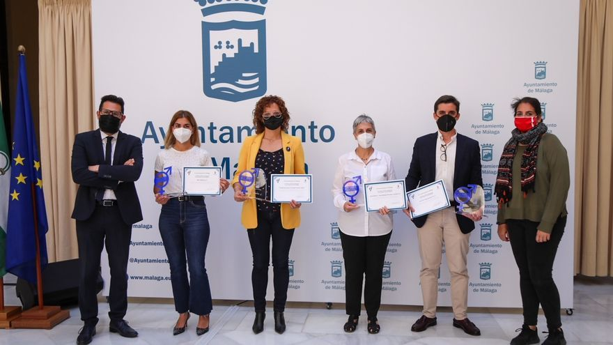 El Ayuntamiento premia a librerías y empresas de Málaga que apuestan por la igualdad