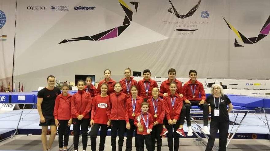 El Pavillón Ourense, campeón de España en trampolín base