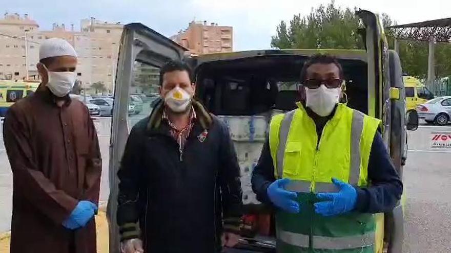 La comunidad islámica de Elche dona productos de primera necesidad al albergue de El Toscar