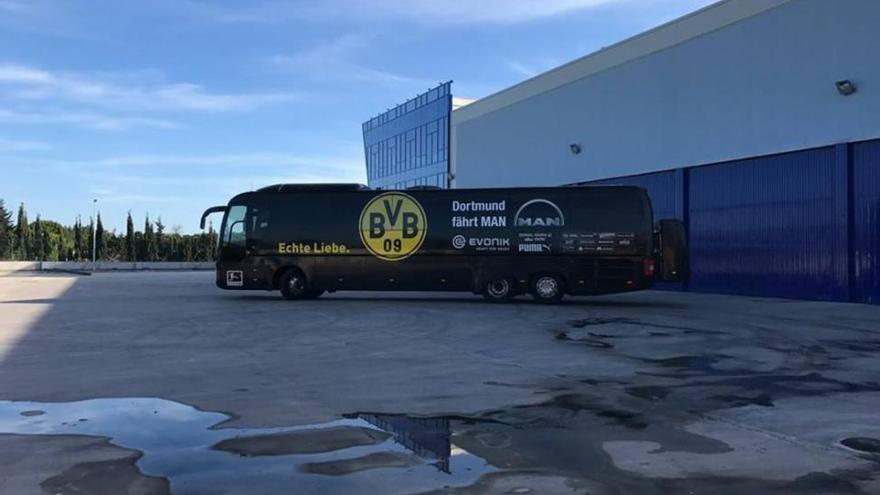 """""""El autocar del Dortmund es más bien sencillo y no está blindado"""""""