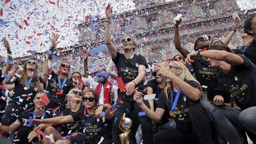 Nueva York vitorea el éxito y el activismo de las campeonas del mundo de fútbol