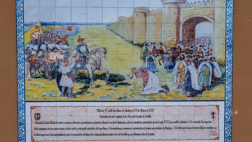 El Ayuntamiento de Badajoz reparará el mural del Alfonso IX que sufrió un acto vandálico