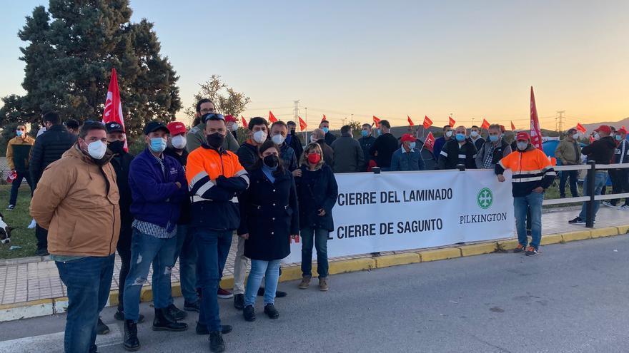Los trabajadores de Pilkington suspenden la huelga otra semana