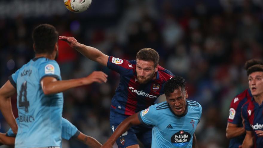 El Levante UD se deja los tres puntos ante el Celta (0-2)
