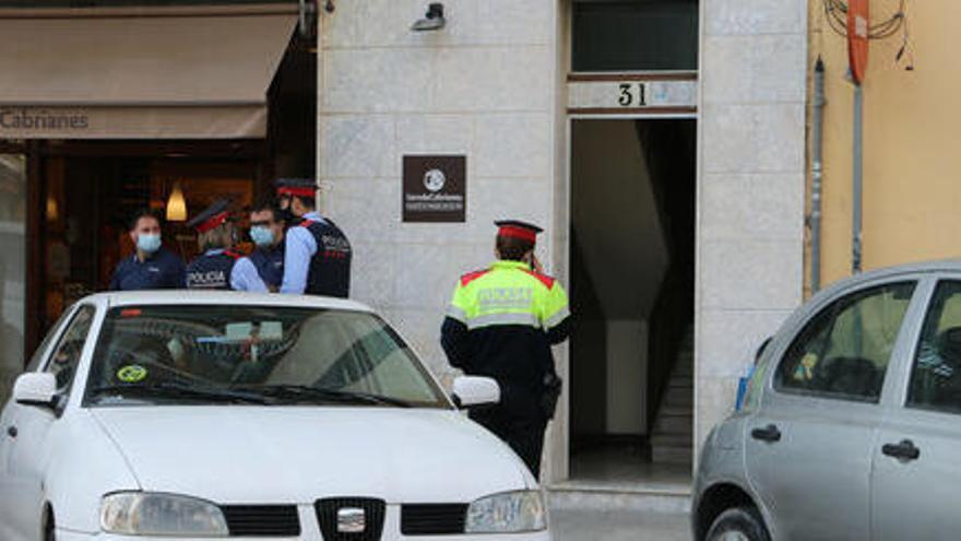 El Govern condemna el «feminicidi» de la capital bagenca
