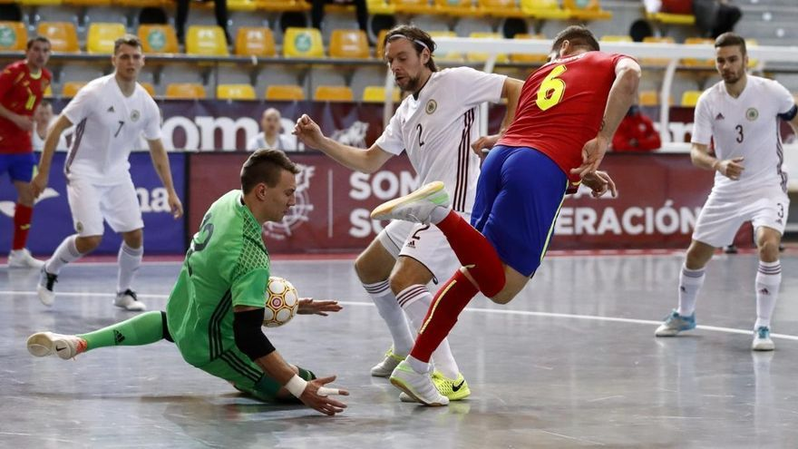 Estreno incontestable de España ante Letonia