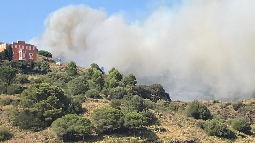 El Govern suspèn acampades, limita l'oci i restringeix activitat agrícola a 279 municipis pel risc de foc