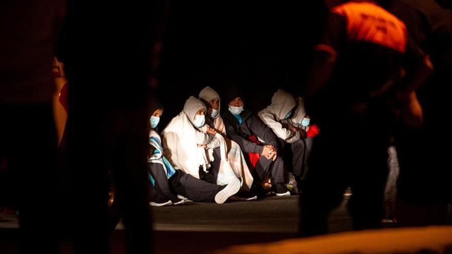Tres nuevos cadáveres elevan a siete las víctimas del naufragio de Lanzarote