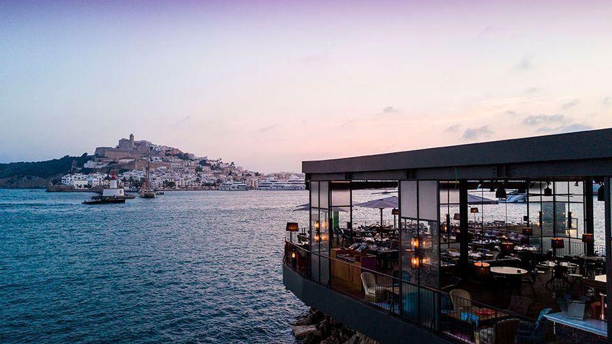 El restaurante Roto de Ibiza, el primero de la isla donde se puede pagar con todas las criptomonedas