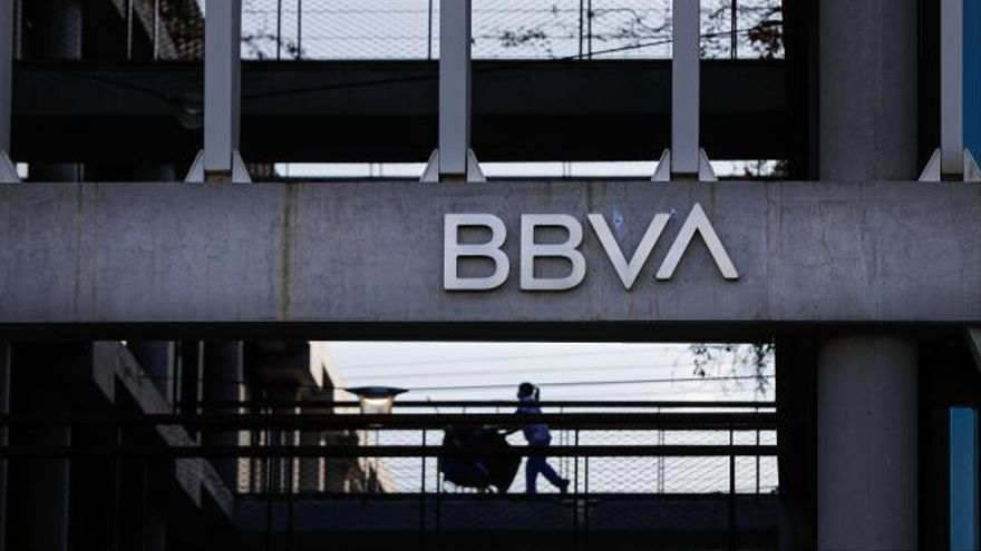 BBVA y Sabadell confirman que estudian una fusión