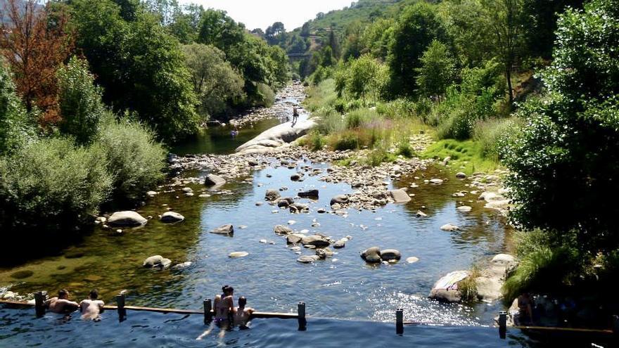 Alegan contra las piscinas naturales del norte por no cumplir la normativa
