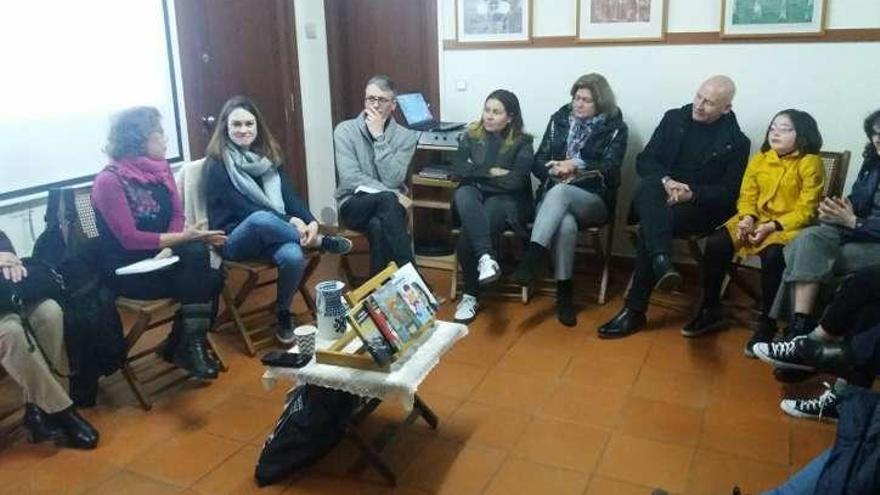 Antía Yáñez habla de su producción literaria en Gres