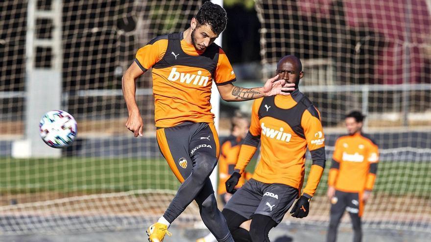 Así juega Vicente Esquerdo, el mediocentro del Valencia que está cerca de llegar al Castellón