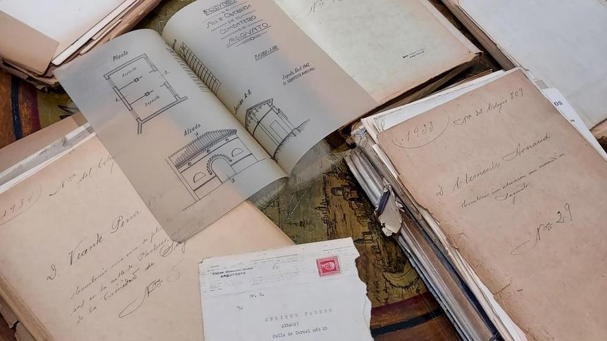 Sagunt recibe documentación valiosa sobre la historia urbana de la ciudad