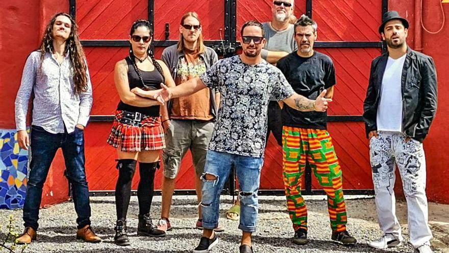 Tabaiba apoya a los palmeros  con su tema 'Mi Isla Bonita'