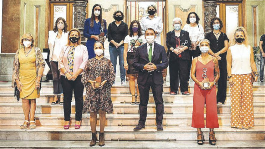 Bermúdez destaca el compromiso por la Igualdad de cinco grandes deportistas