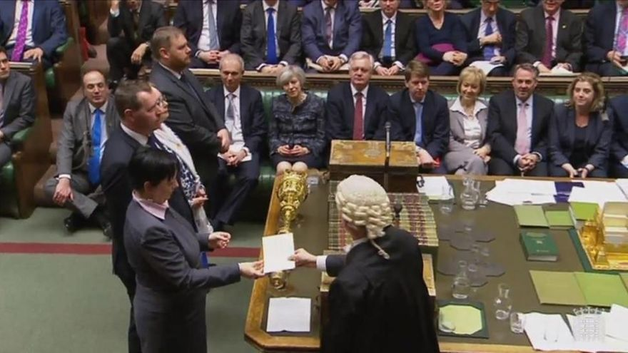 ¿Qué es un 'hung Parliament' (Parlamento colgado)?