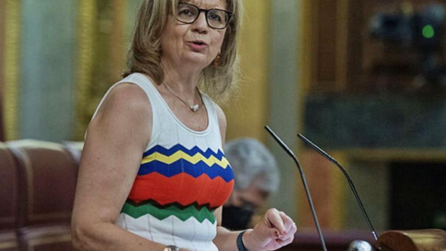 Velasco muestra el rechazo del PP al decreto sobre las mascarillas al aire libre