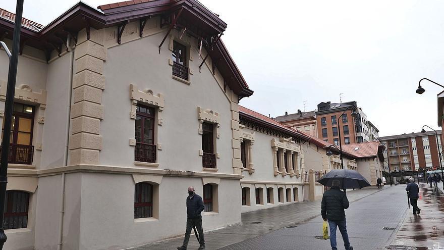 El Infanta Leonor reabre sus puertas tras las obras en el tejado y la fachada