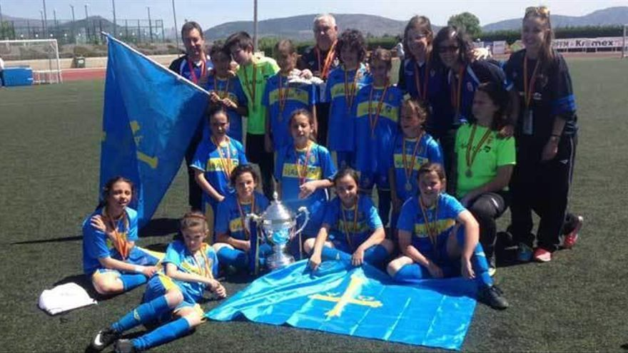 Asturias, subcampeona en el Nacional alevín femenino de fútbol 8