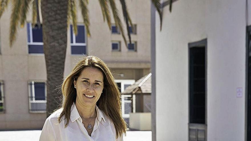 """Lola García: """"Hay que sacar a la calle el dinero de los bancos para producir"""""""