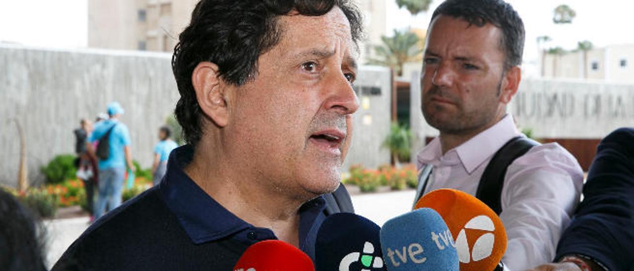 Un primo de Soria y una diputada del PP caen en el jurado del 'caso eólico'
