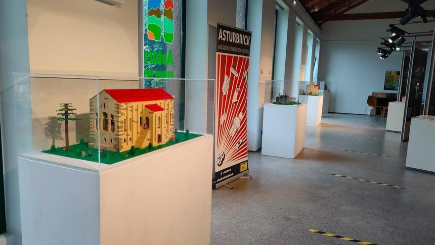 El Centro del Prerrománico de Oviedo acoge una muestra de los principales monumentos asturianos realizadas con piezas Lego