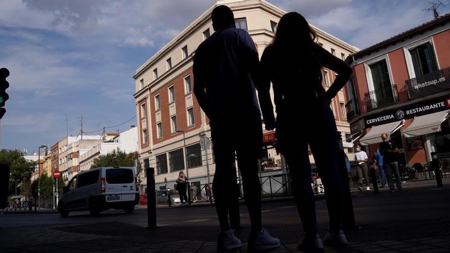 Sanidad suma 11.190 nuevos casos de Covid-19, un tercio en Madrid, y 239 fallecidos