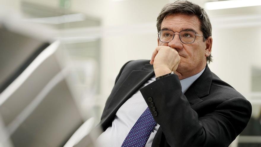 Escrivá mantiene las ayudas Covid para autónomos con bajos ingresos hasta febrero del 2022