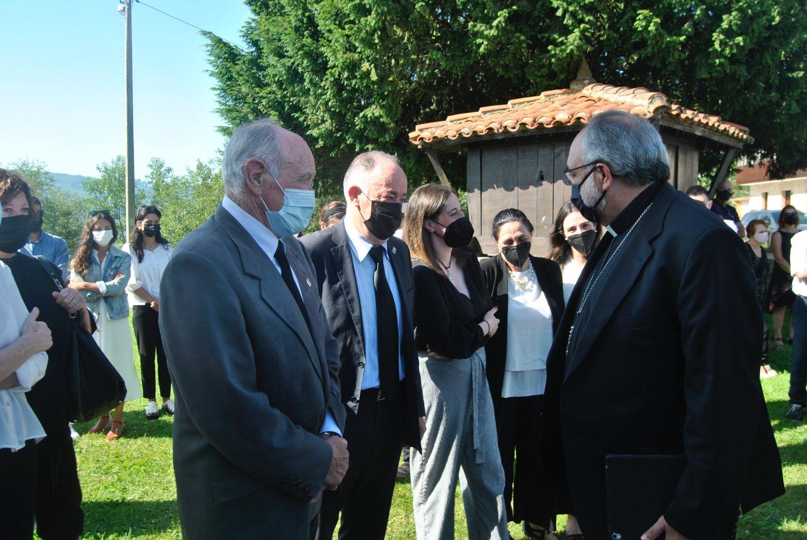 Funeral en El Cutu por el transportista fallecido, Iván Martínez Llosa