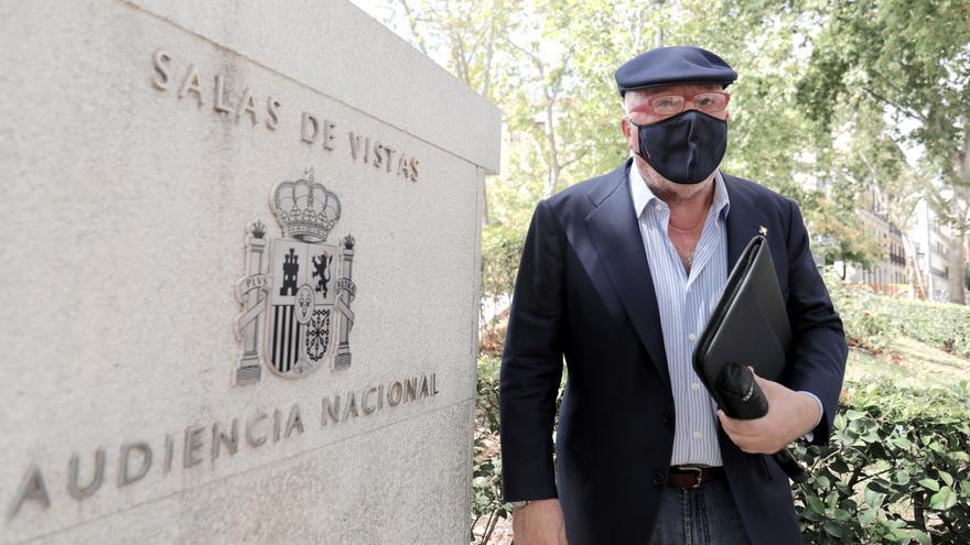 Villarejo reprocha al juez que no vea otras grabaciones tan irrelevantes como las de Cospedal