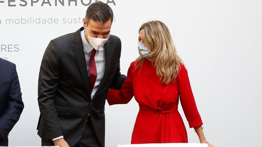 """Sánchez asegura que cumplirá su compromiso de """"modernizar las normas laborales"""" pero pide coordinación en el Gobierno"""