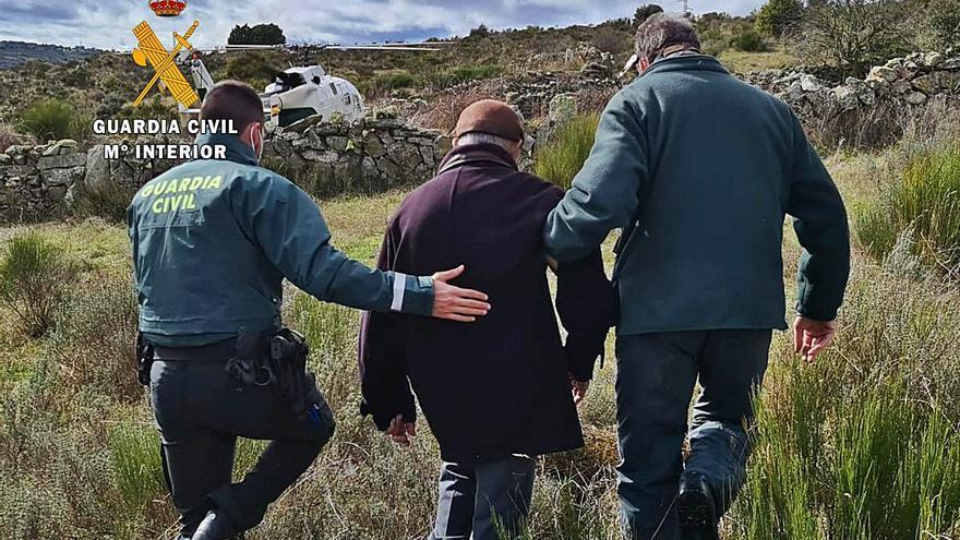 La Guardia Civil rescata a un hombre en una zona de difícil acceso en Villalcampo