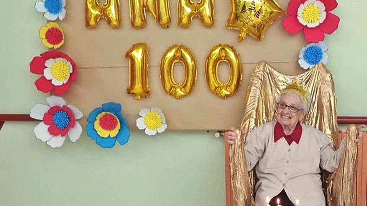 La ourensana Ana Blanco cumplió 100 años el pasado jueves 22. |   // IÑAKI OSORIO